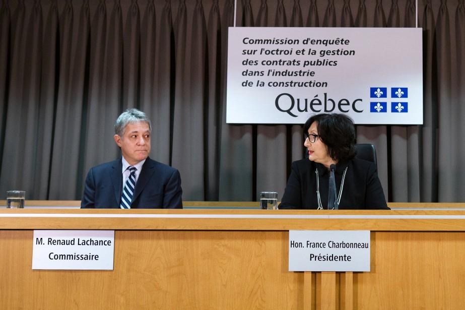 Les ex-employés de la commission Charbonneau qui se... (PHOTO ROBERT SKINNER, archives LA PRESSE)
