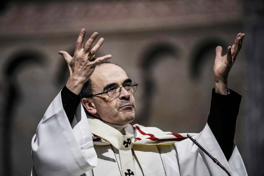 Le cardinal Philippe Barbarin.... (PHOTO JEFF PACHOUD, ARCHIVES AFP)