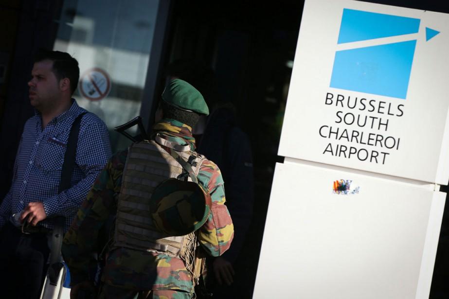 Une partie du personnel de Belgocontrol, la société... (PHOTO AFP)