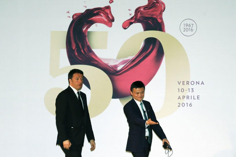 Le premier ministre italien Matteo Renzi et le... (PHOTO STEFANO RELLANDINI, REUTERS)