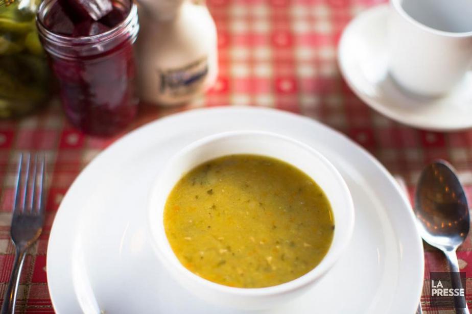 La soupe aux trois pois de La p'tite... (PHOTO OLIVIER PONTBRIAND, LA PRESSE)