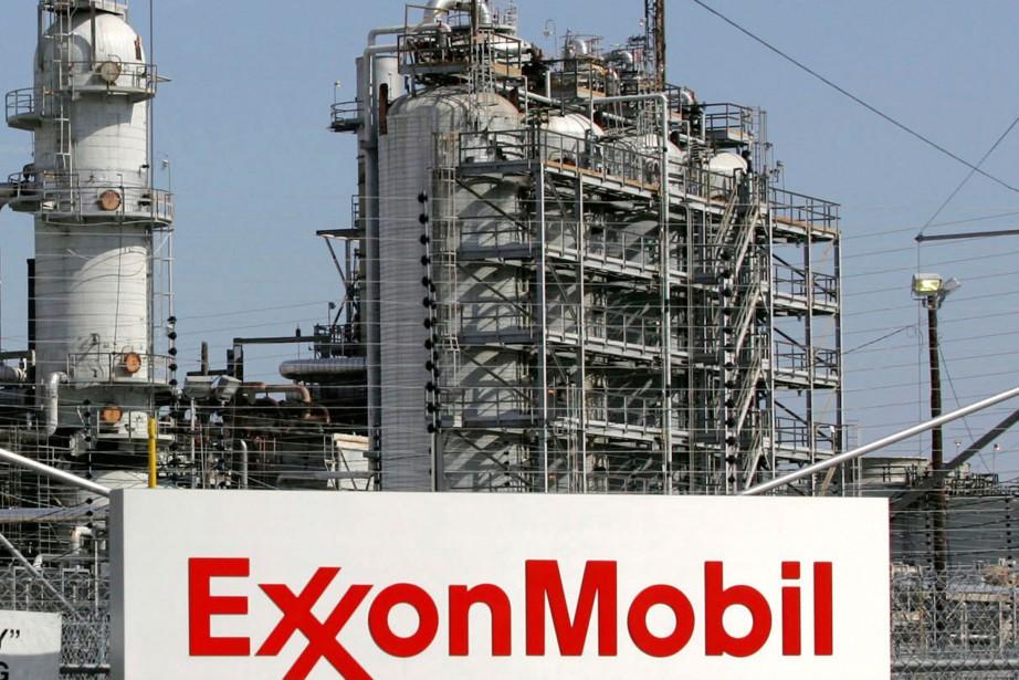 La raffinerie d'ExxonMobil à Baytown, au Texas.... (PHOTO JESSICA RINALDI, ARCHIVES REUTERS)