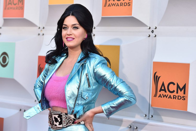 Katy Perry... (PHOTO ARCHIVES AP)