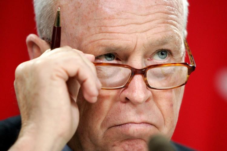 Le sénateur Colin Kenny a presque entièrement payé... (ARCHIVES REUTERS)