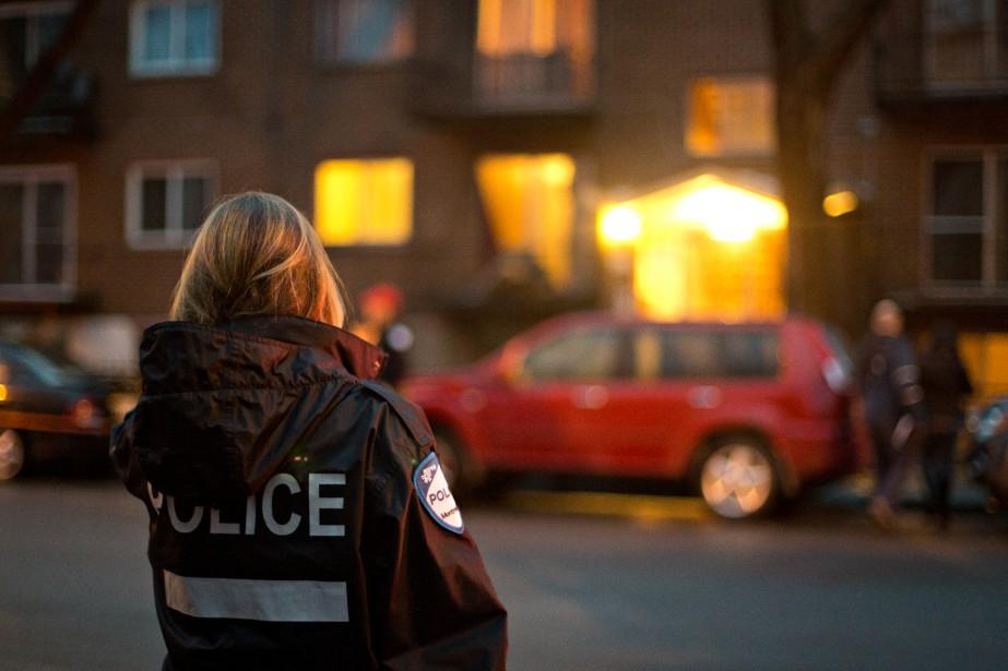 En mars dernier, une opération policière visant des... (PHOTO OLIVIER JEAN, LA PRESSE)