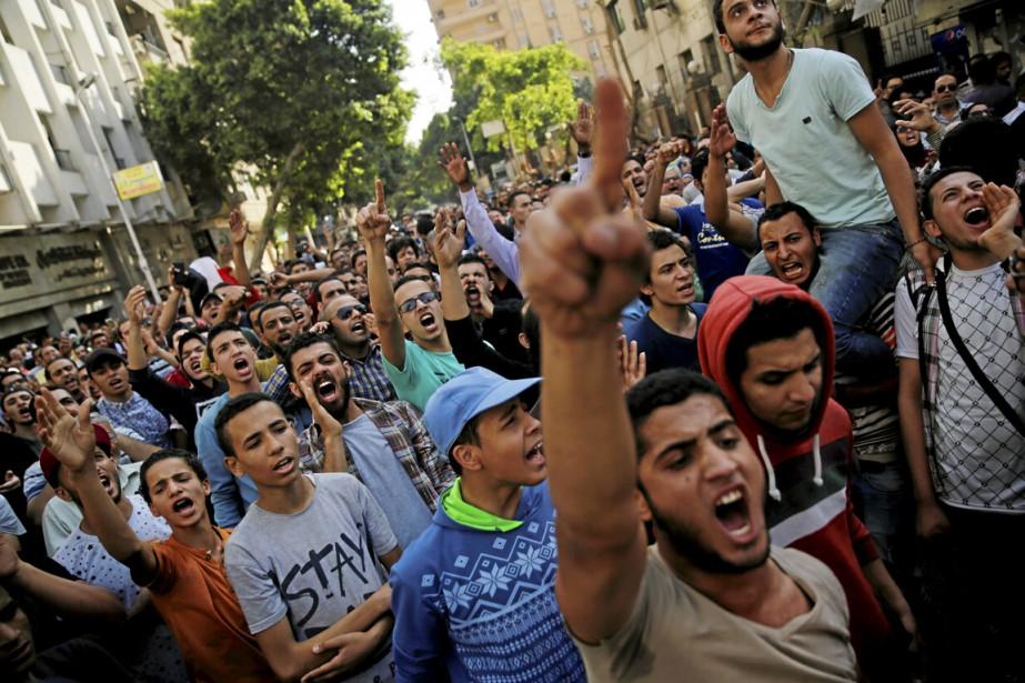 Officiellement organisé pour protester contre la rétrocession de... (Photo Amr Abdallah Dalsh, Reuters)