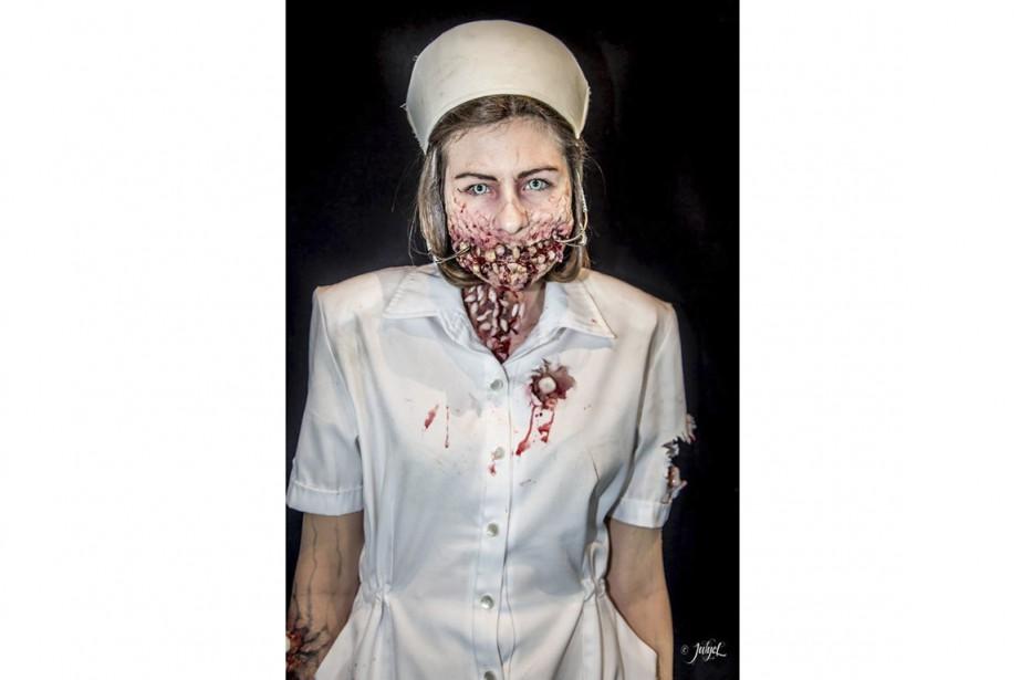 L'infirmière zombie personnifiée par Ann-Sophie Ricard et confectionnée par Maude Guévin, Frédérique Gauvin, Ariane Gagnon, Justine Frigon et Laurence Poirier a remporté les grands honneurs du troisième gala Face Off. (Julye Lemay)