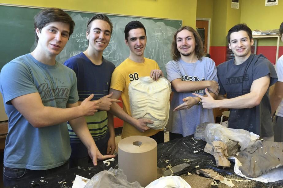Les prothèses en latex étaient conçues à partir de moules en argile. (Pierre Duplessis)