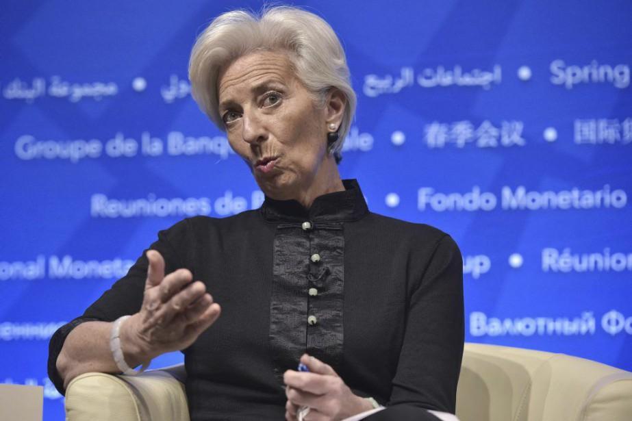 D'après la dirigeante du FMI, Christine Lagarde, pousser... (PHOTO MANDEL NGAN, AFP)