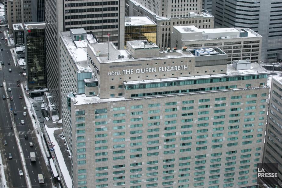 Les employés montréalais du Reine Élizabeth, du Ritz... (PHOTO HUGO-SÉBASTIEN AUBERT, ARCHIVES LA PRESSE)
