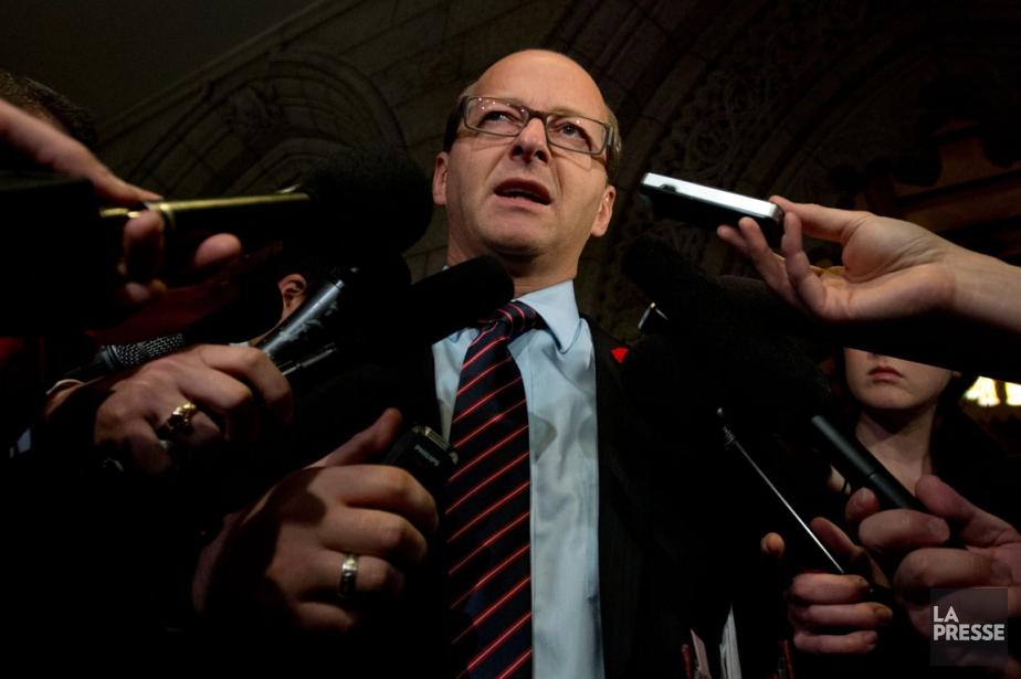 Le leader de l'opposition au Sénat, Claude Carignan.... (Photo La Presse Canadienne)