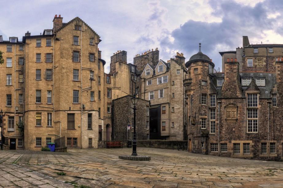 Les quartiers historiques d'Édimbourg ont l'allure d'une ville... (PHOTO THINKSTOCK)