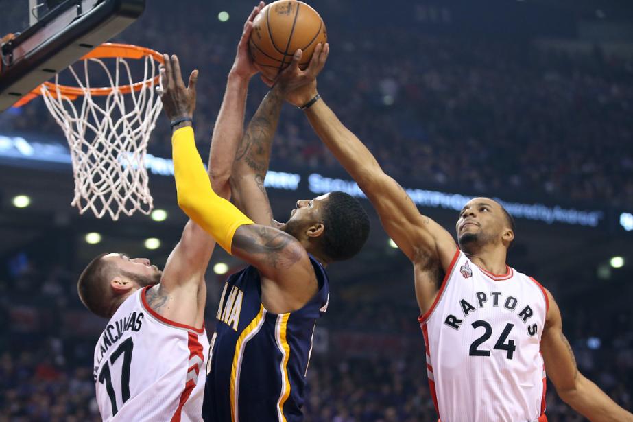 Les Raptors de Toronto ont défait les Pacers... (Photo Tom Szczerbowski, USA Today)