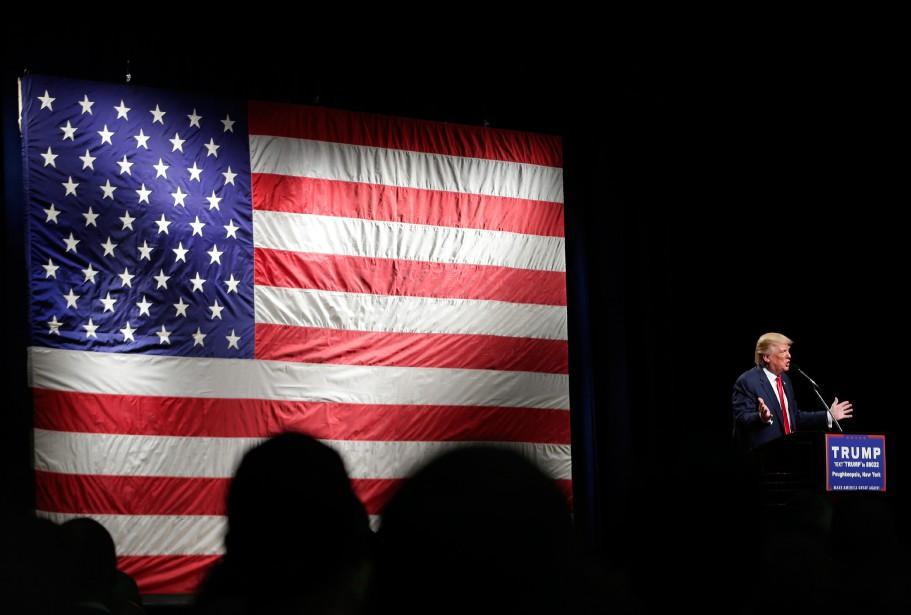 Donald Trump a pris la parole, dimanche, devant... (PHOTO FRANK FRANKLIN II, AP)