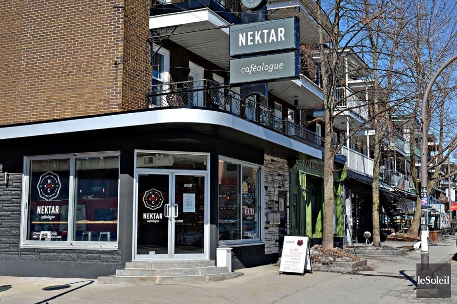 Nektar Caféologue a ouvert un nouveau café dans... (PHOTO PATRICE LAROCHE, LE SOLEIL)