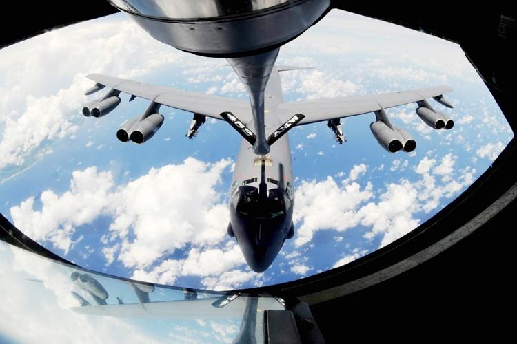 Les B-52, utilisés en Irak, ont été déployés... (ARCHIVES AFP)