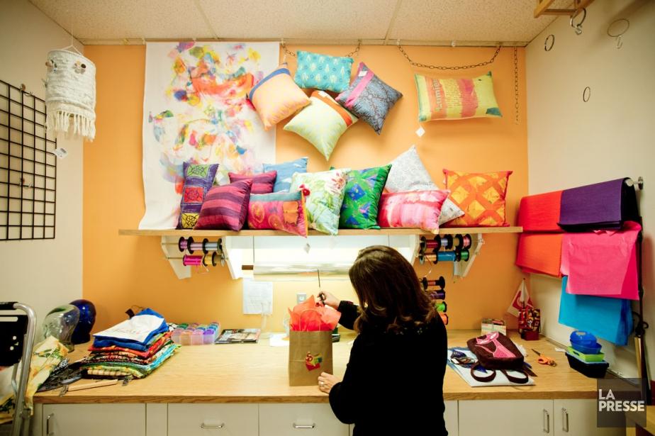 Les objets que fabriquent les participants sont tous... (PHOTO MARCO CAMPANOZZI, LA PRESSE)