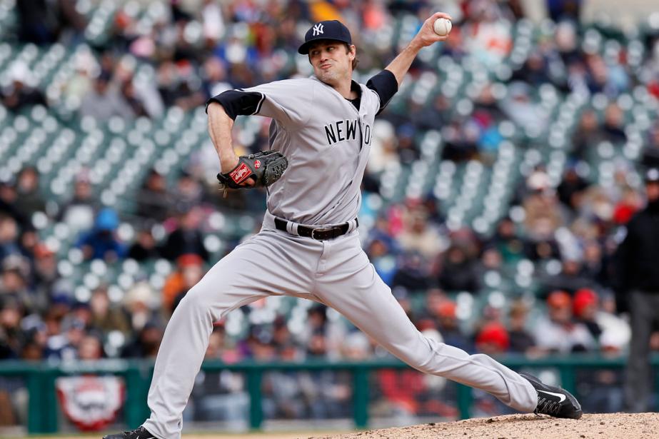 Le lanceur des Yankees AndrewMiller a fait fendre... (Photo Duane Burleson, AP)