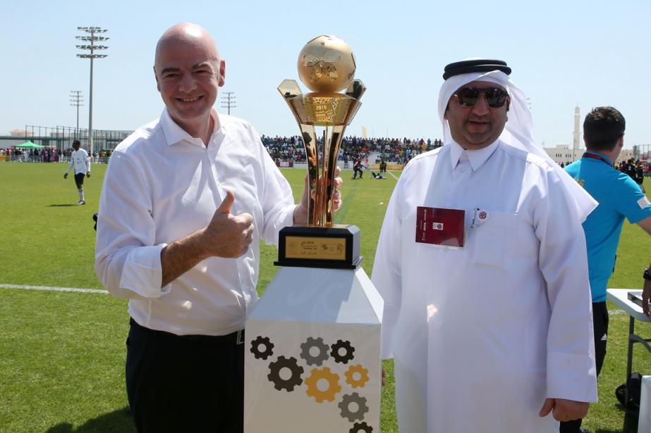 Le président de la FIFA, Gianni Infantino (à... (Photo Karim Jaafar, AFP)