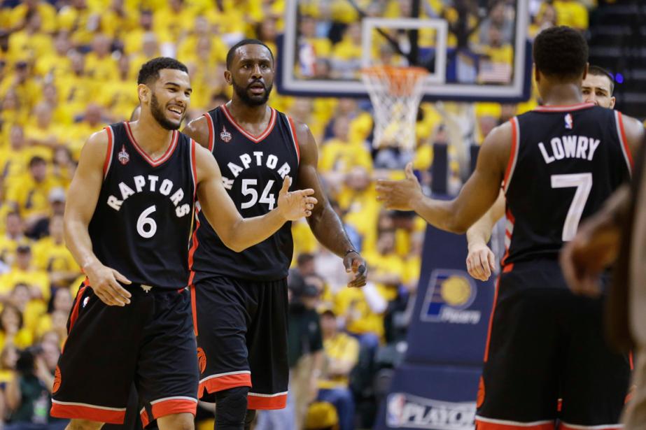 Les Raptors de Toronto ont défait les Pacers... (Photo Michael Conroy, AP)