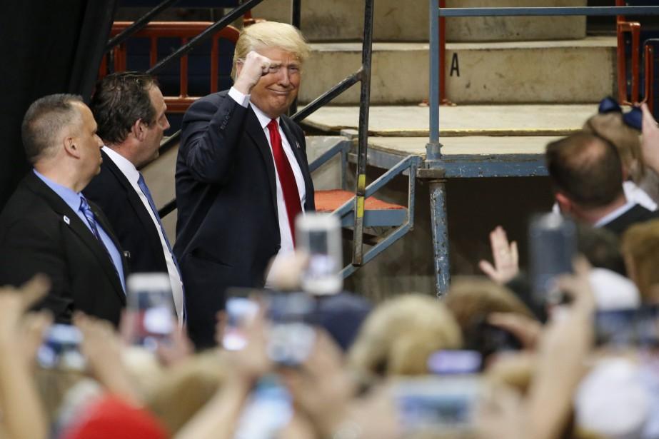 L'arrivée de Donald Trump à la réunion d'Harrisburg (AP, Julio Cortez)