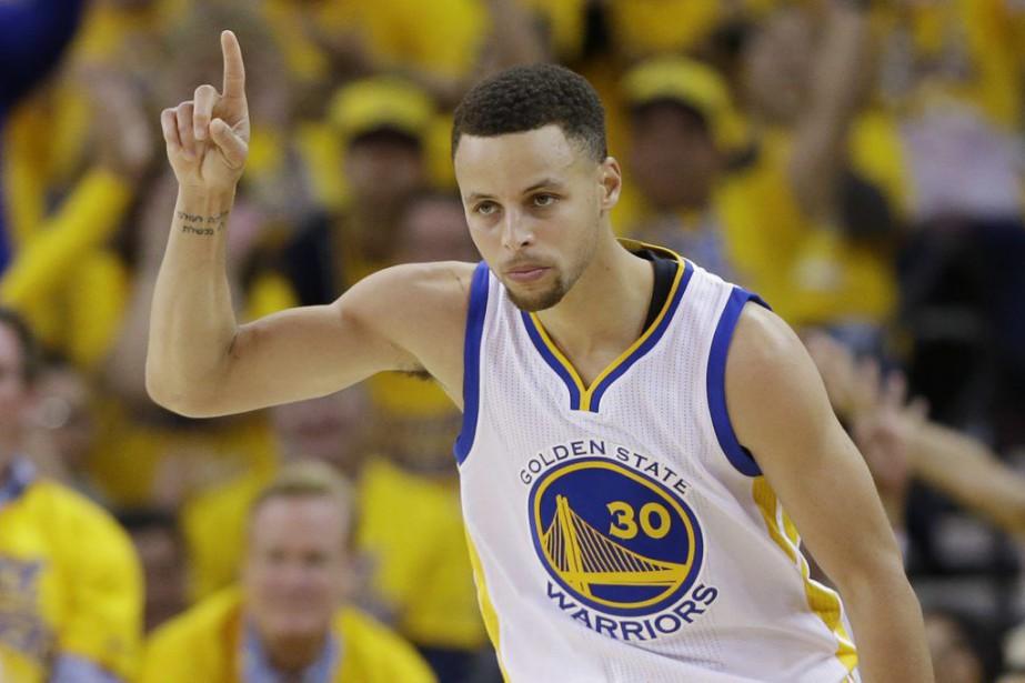Curry, meilleur marqueur de la saison régulière avec... (Photo AP)