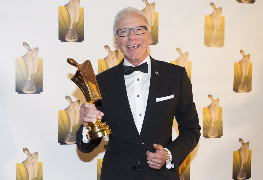 Du côté de l'animateur ou animatrice de bulletin de nouvelles, Pierre Bruneau a, sans surprise, remporté la mise. Il s'agit du 18e trophée Artis de M. Bruneau, qui célèbre cette année ses 40 ans de carrière. (La Presse Canadienne, Graham Hughes)