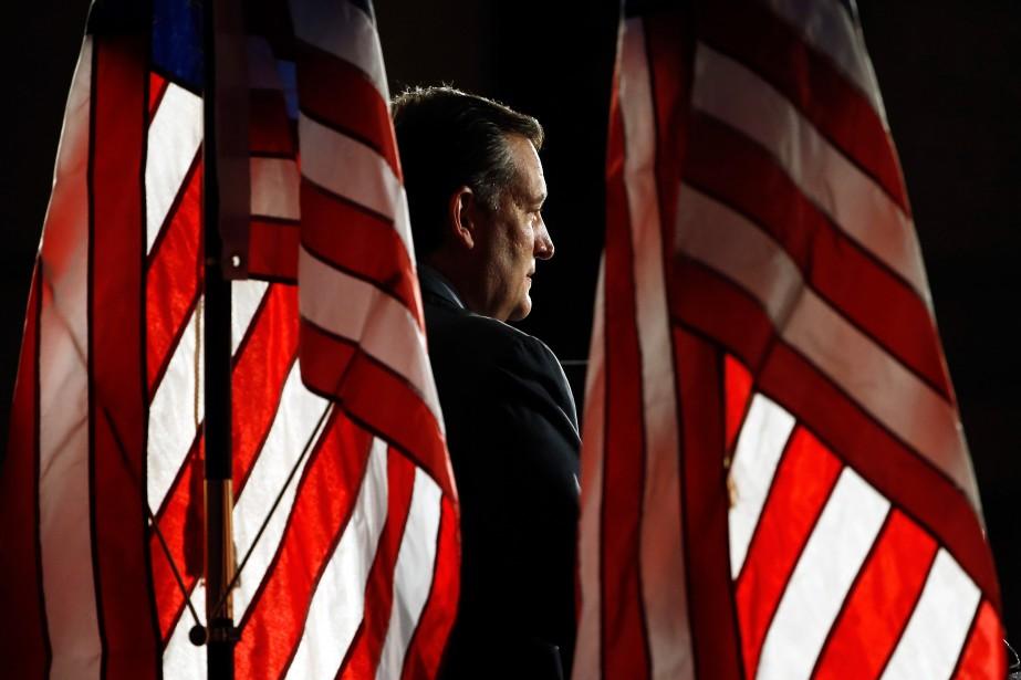 Le sénateur Ted Cruzs'est récemment entouré de plusieurs... (PHOTO AP)