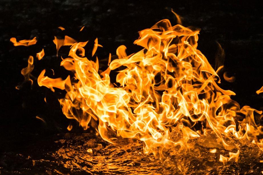 Le Service de sécurité incendie de Montréal (SIM) a dû... (Photo archives AFP)