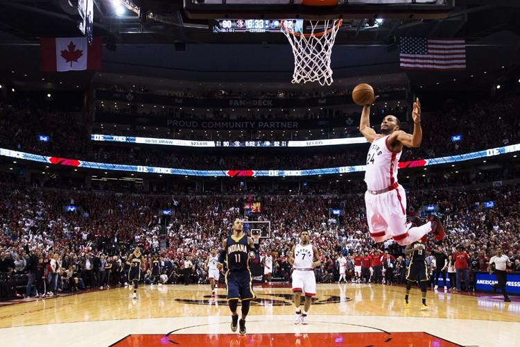 En déficit par 17 points au premier quart, les Raptors de Toronto... (PHOTO PC)