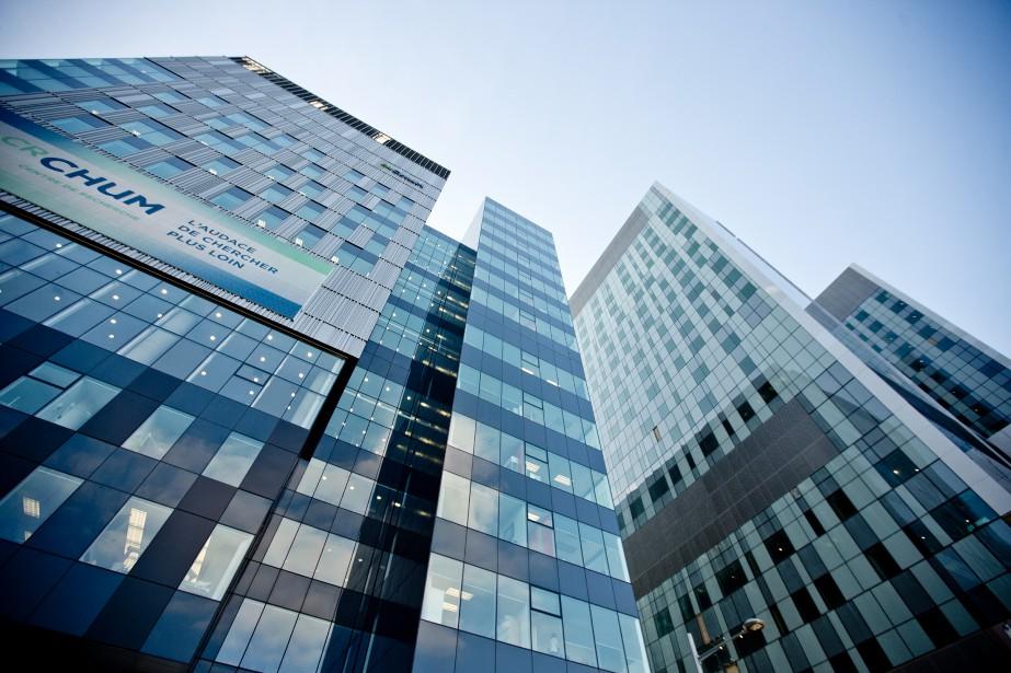 Le nouveau Centre hospitalier de l'Université de Montréal... (photo marco campanozzi, archives la presse)