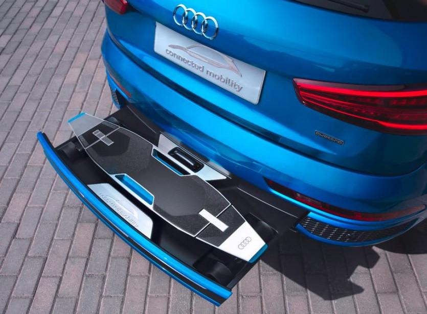 GALERIE-PHOTO : Audi a présenté un exemple de transport bi-modal vraiment intégré (sous le pare-choc). (Photo : Audi)