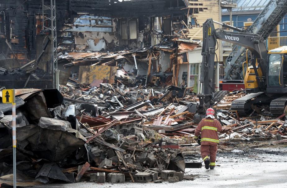 Tous les édifices touchés par l'incendie avaient passé sous le pic des démolisseurs. (Le Soleil, Erick Labbé)