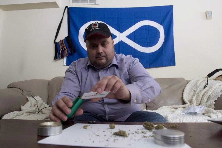 Les dépenses pour le remboursement de la marijuana... (PHOTO ADRIAN WYLD, ARCHIVES LA PRESSE CANADIENNE)