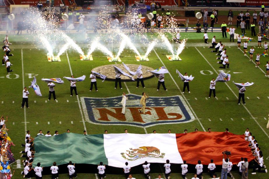 Les Raiders d'Oakland affronteront les Texans de Houston... (Photo Marco Ugarte, archives AP)