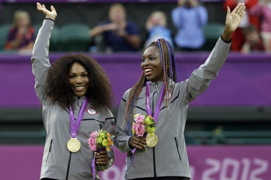 Serena et VenusWilliams ont mérité l'or en double... (PHOTO ELISE AMENDOLA, ARCHIVES AP)