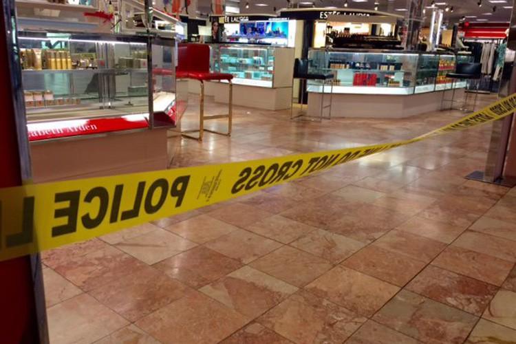Les attentats se sont produits au centre commercial... (PHOTO AP)