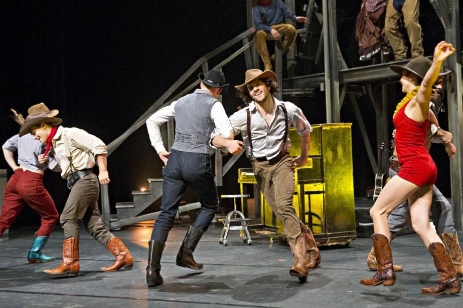 Le Festival western de Saint-Tite s'associe avec le Cirque Éloize pour présenter le spectacle <em>Saloon - Cavale au coeur du Far West</em> pour les trois prochaines éditions de l'événement. (Patrick Sanfaçon, La Presse)