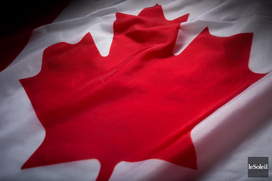 Le drapeau du Canada.... (Photothèque Le Soleil)