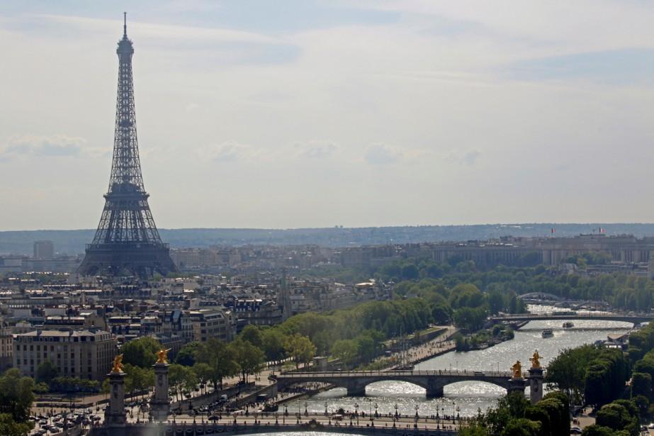 La Tour Eiffel... (PHOTO REUTERS)