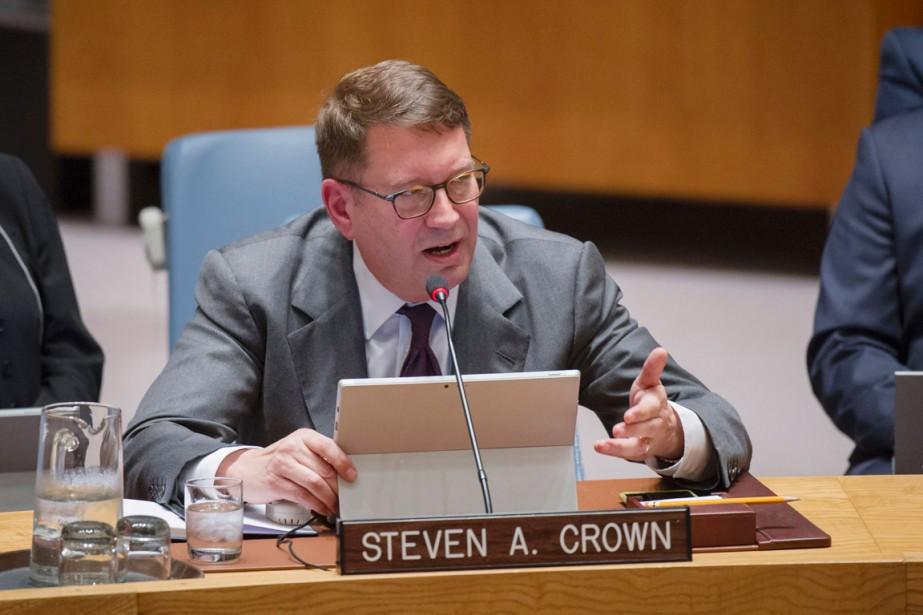 Steven Crown, vice-président de Microsoft, a cependant souligné... (PHOTO RICK BAJORNAS, AFP)