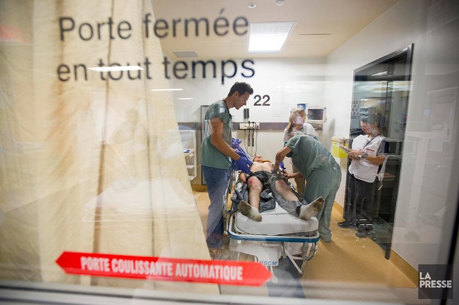 La durée moyenne de séjour dans les urgences... (PHOTO ALAIN ROBERGE, ARCHIVES LA PRESSE)