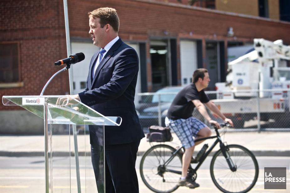 Le nouveau responsable du dossier vélo, Marc-André Gadoury,... (PHOTO ANDRÉ PICHETTE, LA PRESSE)