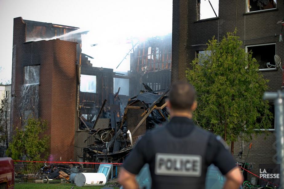 La structure de l'immeuble s'est partiellement effondrée à...