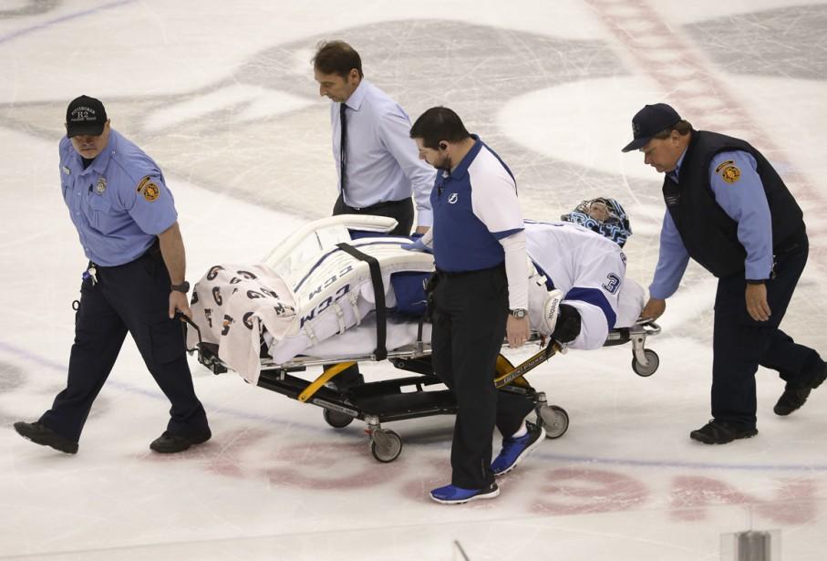 Le gardien du Lightning Ben Bishop s'est blessé... (Photo AP)