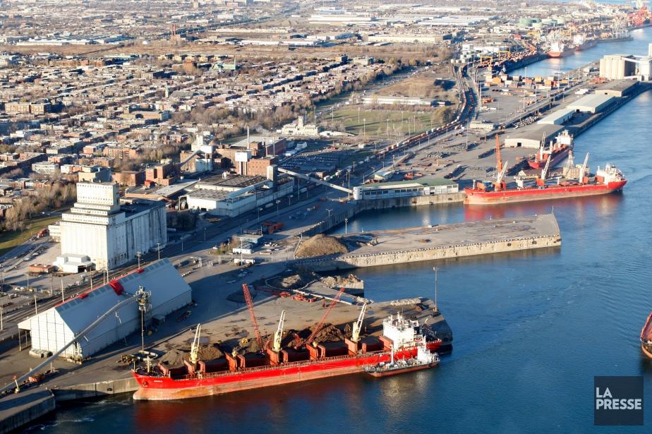 Les exportations canadiennes ont crû de 0,8% en... (photo Martin Chamberland, archives La Presse)