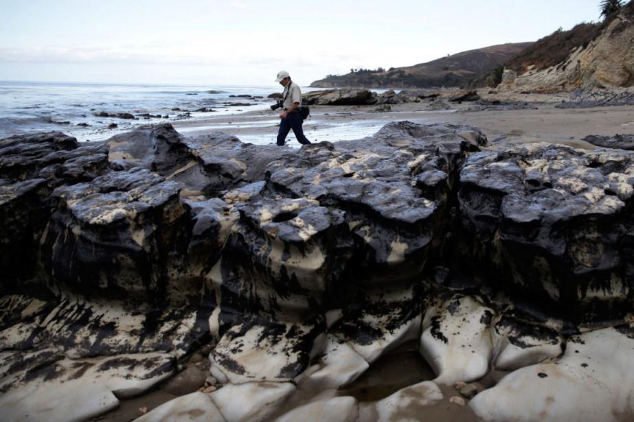 La fuite avait provoqué une marée noire d'environ... (PHOTO AP)