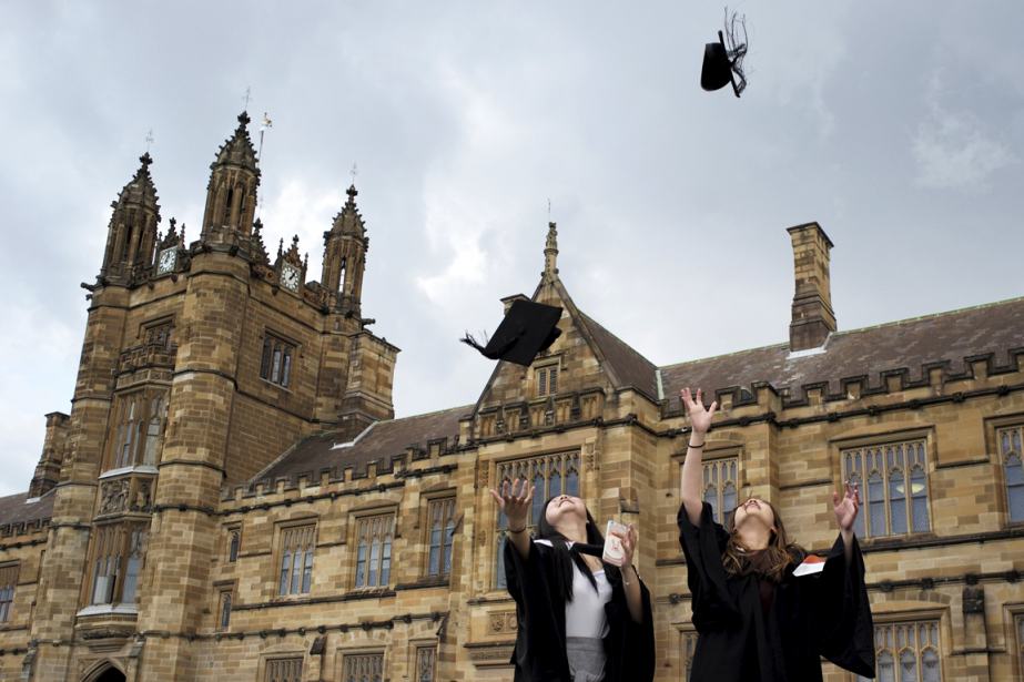 On savait les étudiants menacés par le surmenage, la... (Photo archives Reuters)
