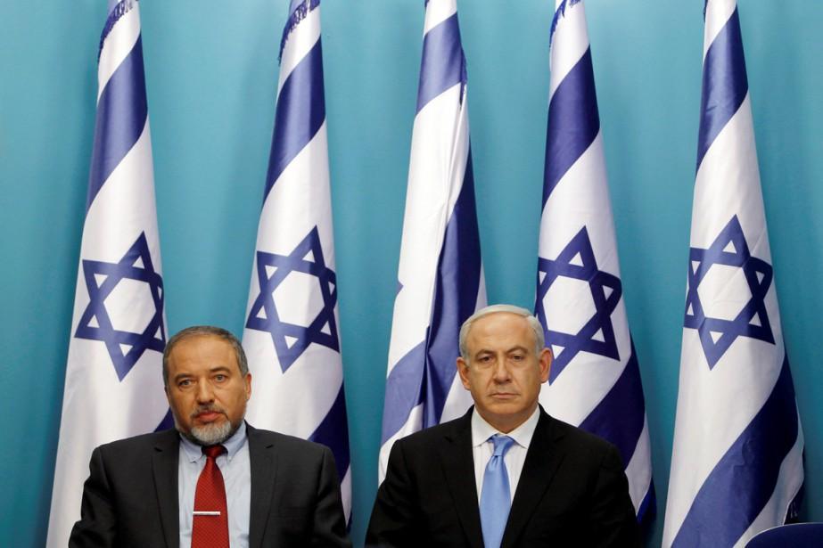 Le premier ministre Benyamin Nétanyahou (à droite) et... (PHOTO BAZ RATNER, ARCHIVES REUTERS)