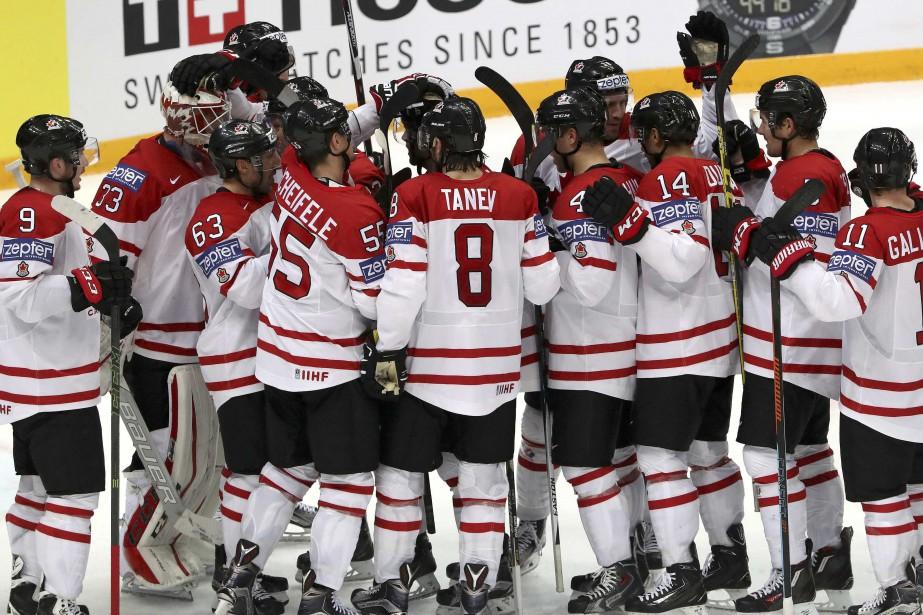 Le Canada a remporté le match 4-3 contre... (Photo Grigory Dukor, Reuters)